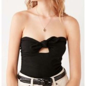 Truly Madly Deeply Black Jack Tie Front Top